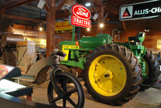 exhibitions-tractors-thumb